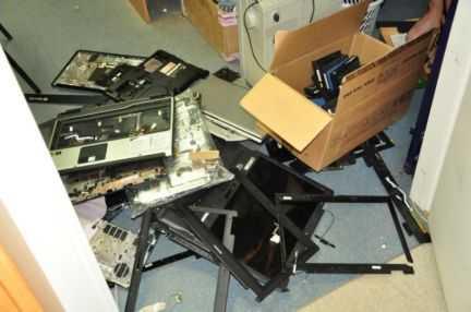 Тормозит, греется ноутбук, не включается компьютер