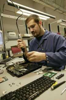 Ремонт ноутбуков компьютеров.гарантия на все